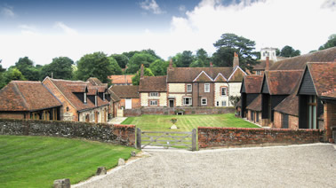 Holiday apartment self catering cottages in Wallingford at Fords Farm